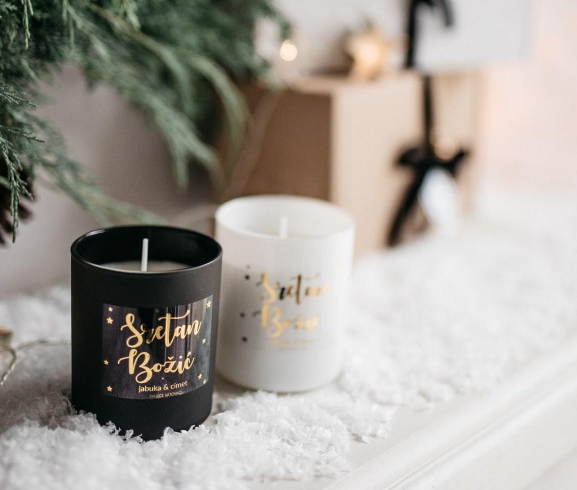 božićna svijeća crna